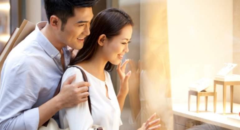 chinos-compras-getty.jpg