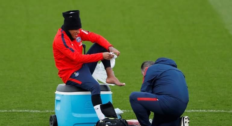 Neymar-lesion-reuters.jpg