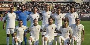 Destacan trabajo de Moreno en su debut con la Roma