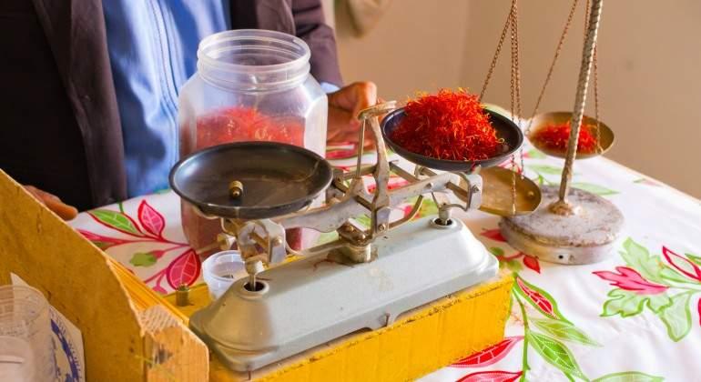 Un gramo de azafrán en Irán no cuesta más de un euro en Europa entre 8 y 10 euros.