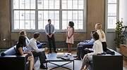 reunion-trabajo-hombres-mujeres-dreams.jpg