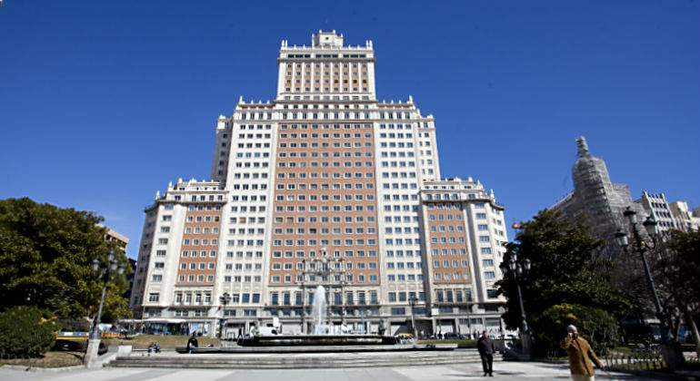 Riu contrata a Grupo Ortiz para convertir el Edificio España en hotel