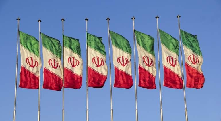 iran-banderas-dreamstime-770x420.jpg