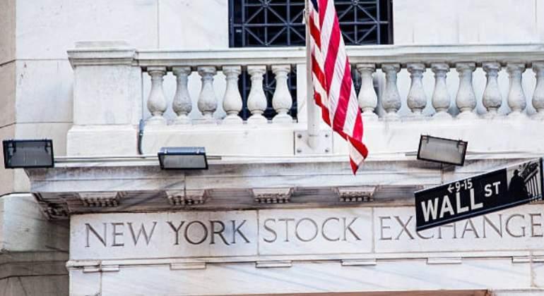 NYSE-wall-street-reuters-770.jpg