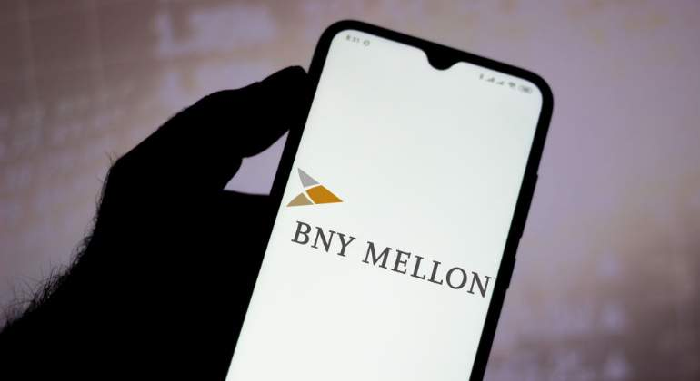 bny-mellon-logo-pantalla-movil-getty-770x420.jpg
