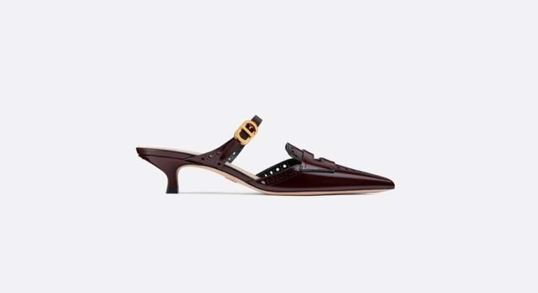 Ejemplo de 'Kitten Heels', el modelo que Maria Grazia Chiuri ha propuesto para Dior.