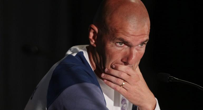 Zidane-rp-pretemporada-2016-efe.jpg