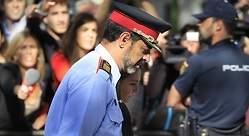 Prolongada ovación a Trapero en un acto de los mossos