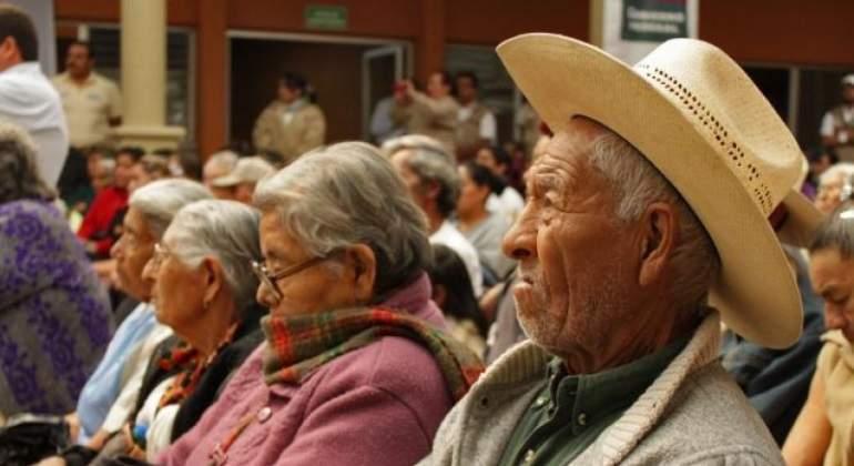 Consar: Adultos mayores reciben de 600 a 5 mil pesos de pensión