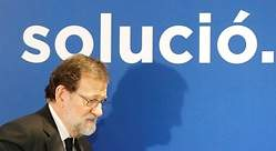Rajoy se enreda en la ratonera de Puigdemont