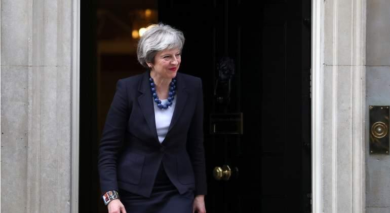 Comerciantes británicos esperan aumento de ventas con motivo de la boda real