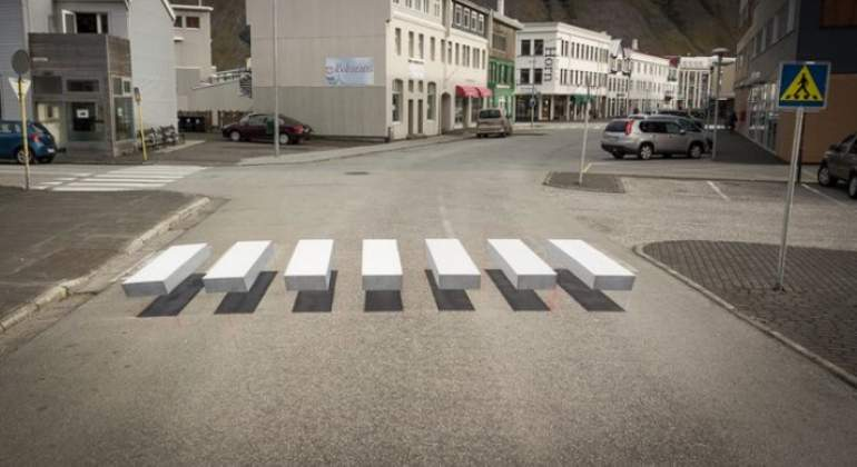 paso-peatones-islandia.jpg
