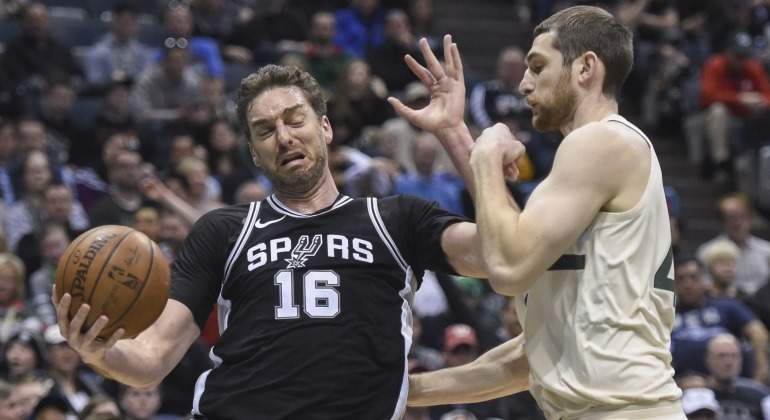 Pau-Gasol-Bucks-2018-USA-Today.jpg