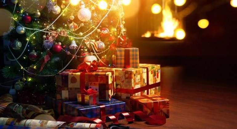 Cómo ahorrar en los regalos navideños? - economiahoy.mx