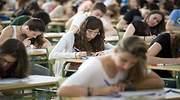 estudiantes-en-selectividad.jpg
