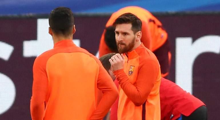 Messi-mirada-Suarez-entreno-Roma-2018-reuters.jpg