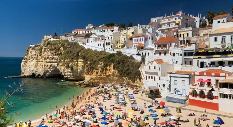 El plan de Portugal para ser la Florida de Europa empieza a enfadar a los países nórdicos