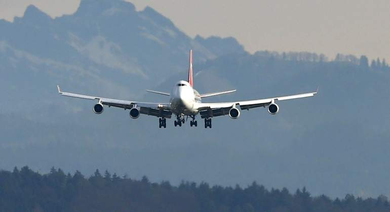 avion-vuelo-reuters.jpg