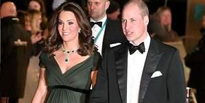 Kate Middleton se salta el dresscode y presume de escote
