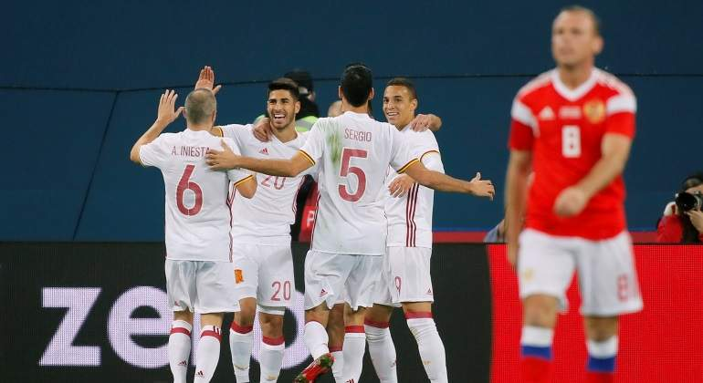 espana-celebra-gol-alba-rusia-amistoso-reuters.jpg