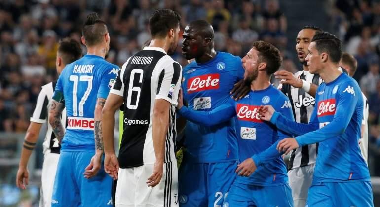 El Nápoles asalta el Juventus Stadium con un gol en el último minuto y pone la Serie A al rojo vivo