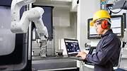 fabrica-robotica-industria-40-dreamstime.jpg