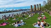Así parcela Nueva York sus parques: ¿Un ejemplo de cómo serán las playas en España este verano?