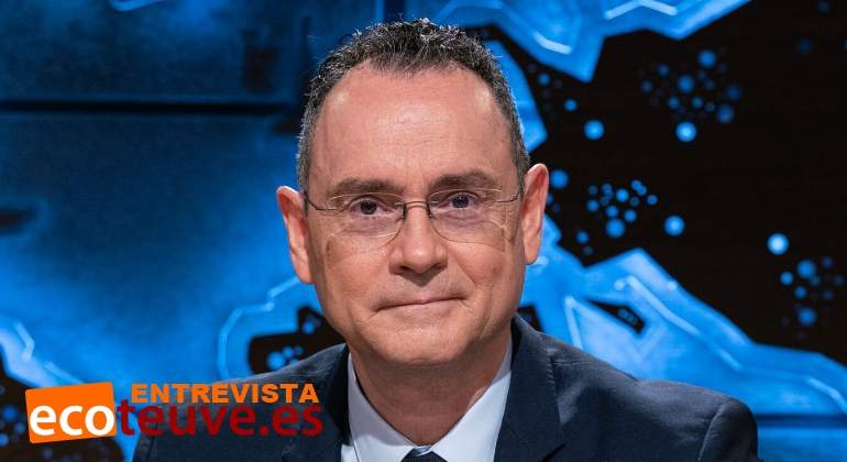 Television A La Carta Cuatro Cuarto Milenio - Varios Cartas