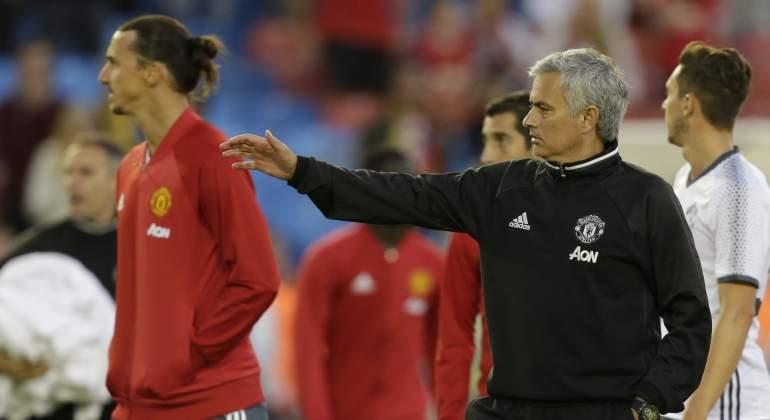 mourinho-ibrahimovic-united.jpg