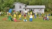 Personajes-de-los-Simpson-en-un-jardin-iStock.jpg