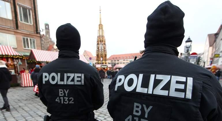 Policía alemana detona paquete explosivo cerca de un mercadillo navideño