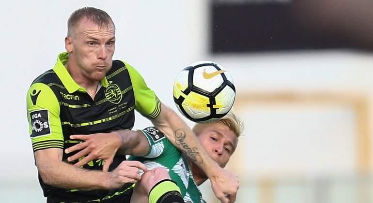 Mathieu-2017-Sporting-Portugal-efe.jpg
