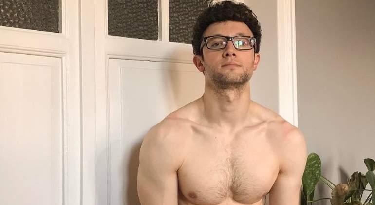 Escaleto Se Desnuda Las Fotos Más Sexys Del Redactor Más Famoso De