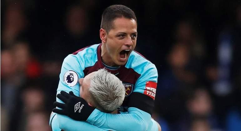 Anulan gol a 'Chicharito' y el West Ham rescata el empate