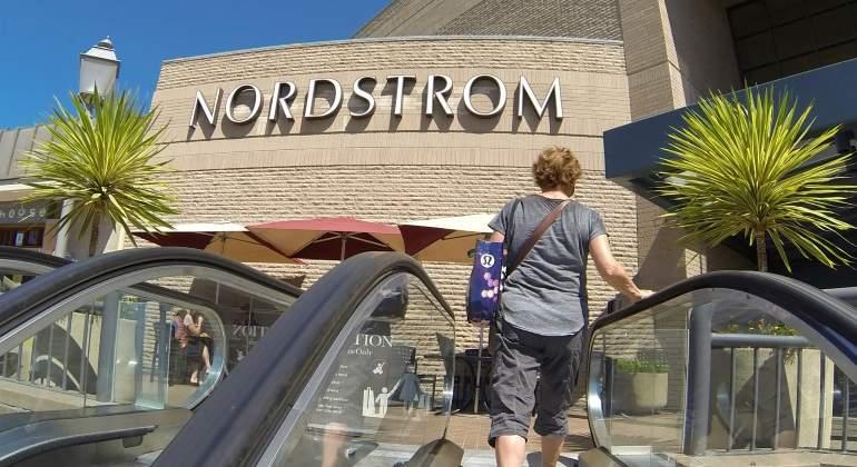 nordstrom-escalera-reuters-770x420.jpg
