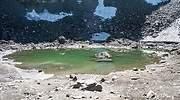 lago-roopkund-esqueletos-wikimedia-Schwiki.jpg