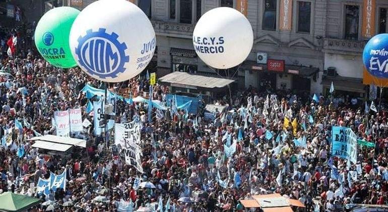 Marcha-de-la-CGT-en-Buenos-Aires-Reuters.jpg