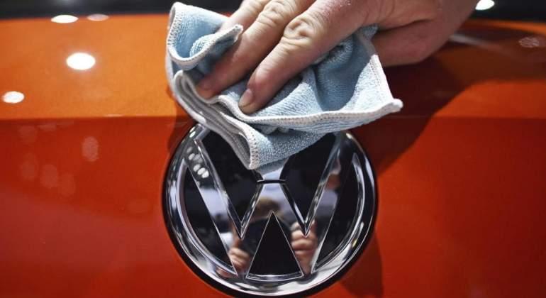 volkswagen-logo-4.jpg