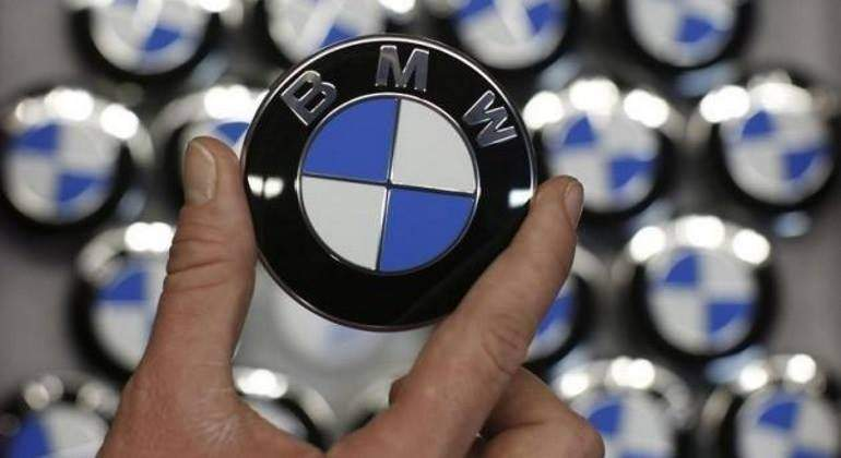 BMW-logo-reuters-770.jpg