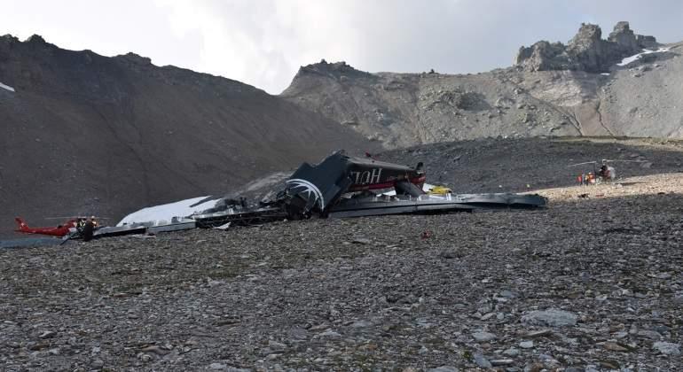 Avion-se-estrella-en-Suiza--deja-20-muertos-Reuters.jpg