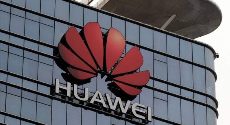 Huawei-reuters-770.jpg