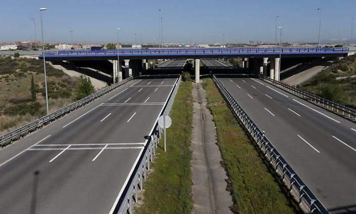 España: las autopistas, en sentido contrario a la UE