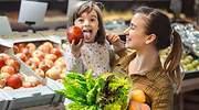Los españoles sofisticamos cada vez más la cesta de la compra con productos premium, eco y bio