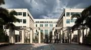 El Centro de Alumnos Robert y Judi Prokop Newman en Miami