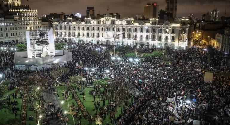 Miles de peruanos vuelven a salir a la calle para protestar contra el Gobierno de Manuel Merino - eleconomistaamerica.pe