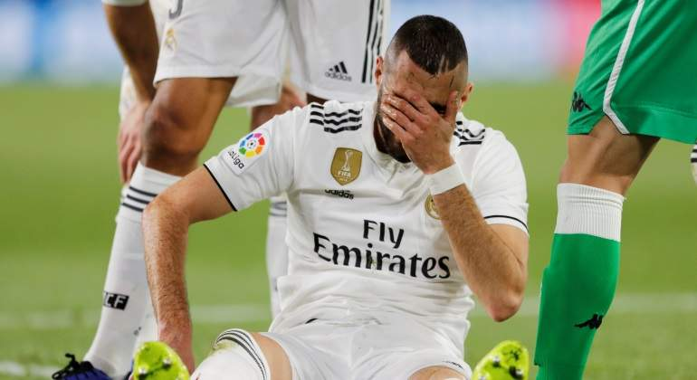 benzema-lamento-lesion-betis-reuters.jpg
