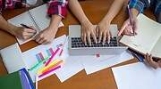 estudiantes-realizando-tareas.jpg