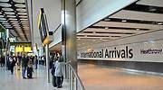 heathrow-aeropuerto-llegadas-770-dreamstime.jpg