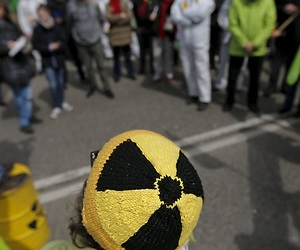 /imag/_v0/770x420/8/a/5/chernobyl10.jpg - 300x250