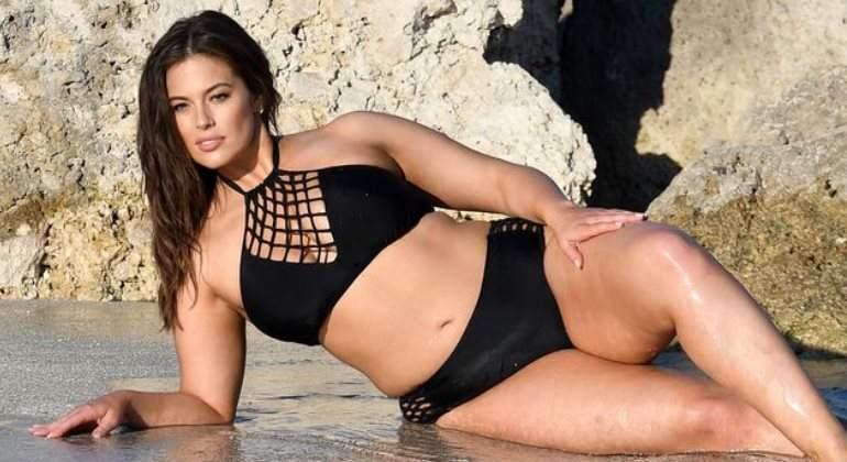 ashley-bikini-770.jpg